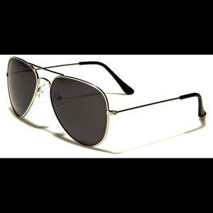 Sunglasses NWT plus microfiber pouch
